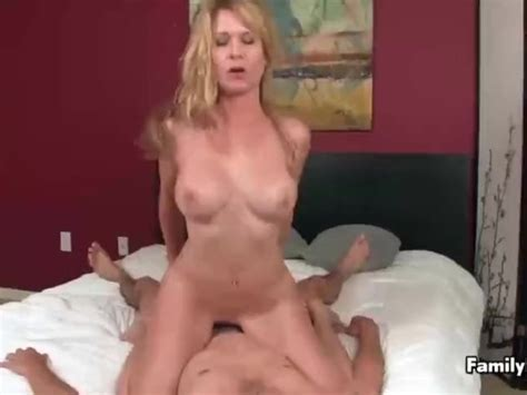 Sexy Milf Is Having Sex With A Young Guymp4 Free Porn