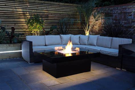 terrasse tisch mit feuerstelle tisch mit feuerstelle