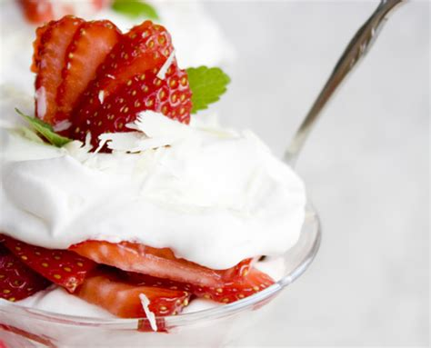 strawberry mascarpone dessert honest cooking