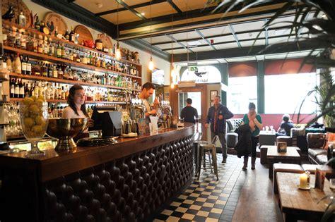 Top Edinburgh Bars - the best gardens in edinburgh