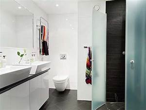 white small bathroom apartment decoration ideas cyclest With decorating ideas for small bathrooms in apartments