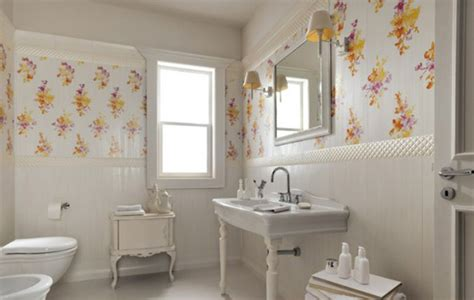 Bathroom Wall Flowers by 15 Lovely Bathrooms With Decorative Wall Tiles Home