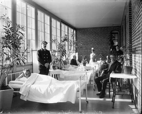 architecture   asylum tracks history