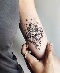Tattoos Mit Bedeutung Für Frauen : 150 coole tattoos f r frauen und ihre bedeutung sankt yan coole tattoos tattoo ideen und ~ Frokenaadalensverden.com Haus und Dekorationen