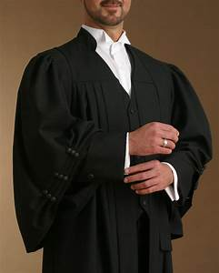 Bar Council of India exempts lawyers from wearing gowns in ...