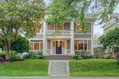 1902 Greek Revival Home On Capitol Hill