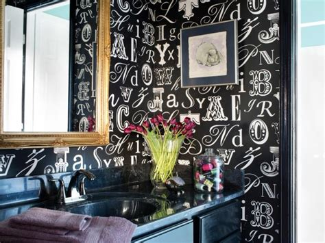 tips  decorating  small bathroom bath crashers diy