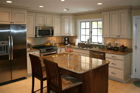 cleaning oak kitchen cabinets how to clean oak kitchen