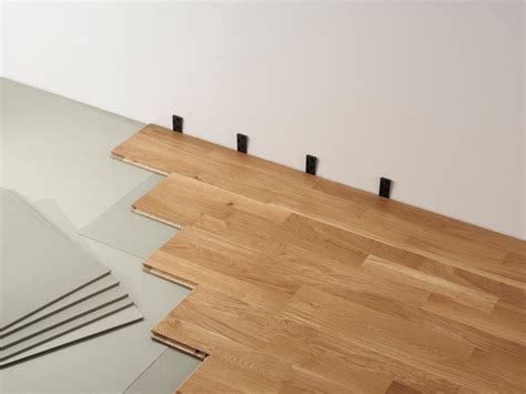 comment poser du parquet sur du carrelage comment bien choisir parquet step into the lights