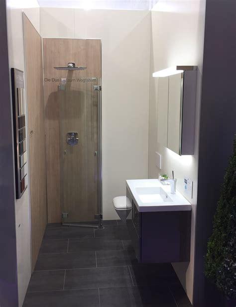 Minibad Mit Dusche by In Diesem Minibad Findet Waschbecken Wc Und Dusche Platz