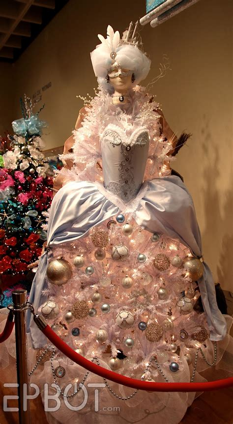 epbot  big christmas tree roundup
