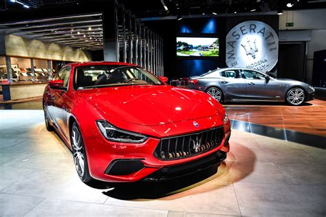 Update Motor Show 2018 : 2018 Maserati Ghibli Lands With Updated Looks, More Power