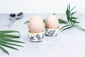 Eierbecher Selber Machen : diy osterdeko basteln florale eierbecher aus ton ~ Lizthompson.info Haus und Dekorationen