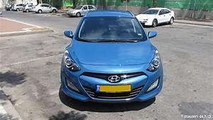 Hyundai I30 Cw : new 2013 hyundai i30 cw tourer blue youtube ~ Medecine-chirurgie-esthetiques.com Avis de Voitures