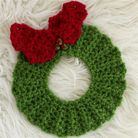 crochet christmas wreath hot pad pattern allfreecrochetcom