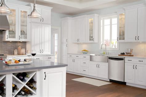 26+ Decorative Kitchen Decor White Cabinets