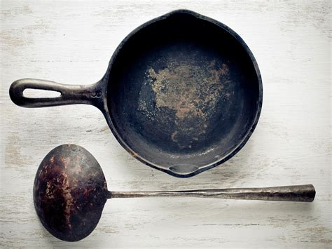 iron cast rust safe cooking dishwasher seasoned remove line rusty pans main techniques cookinglight season there