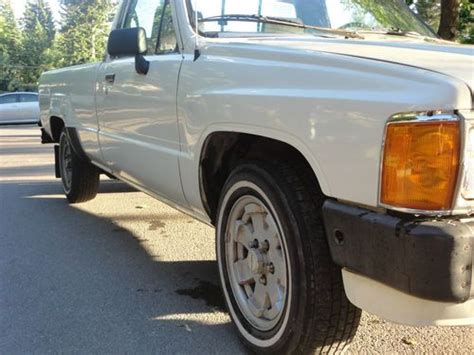 buy  turbo diesel toyota pickup wd long bed  speed