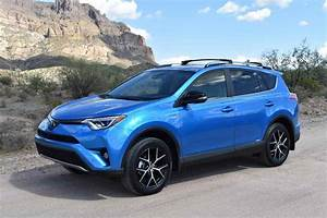 Toyota Rav4 Hybrid : 2017 toyota rav4 se hybrid review is fuel efficiency enough ~ Medecine-chirurgie-esthetiques.com Avis de Voitures