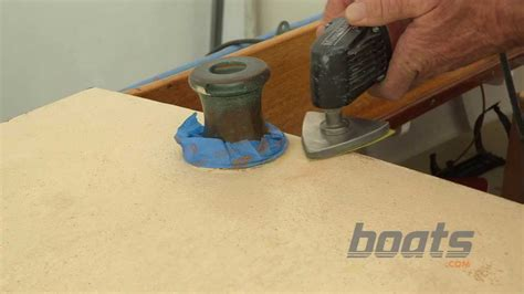 Boat Deck Grip Paint by How To Apply Kiwi Grip Nonskid Paint To A Boat Deck