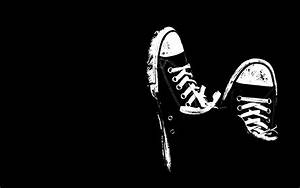 Cool Shoes Wallpaper Black And White #12870 Wallpaper ...