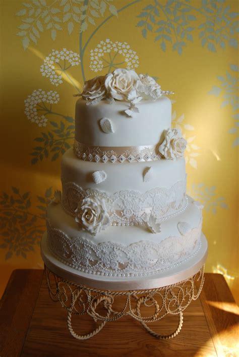 vintage style ivory  champagne wedding cake romantic