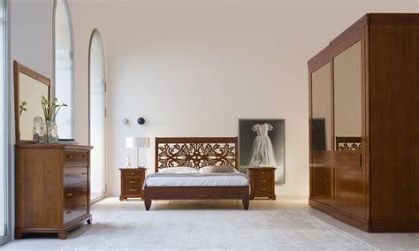 ladari per camere da letto classiche camere da letto classiche bruno piombini scali arredamenti