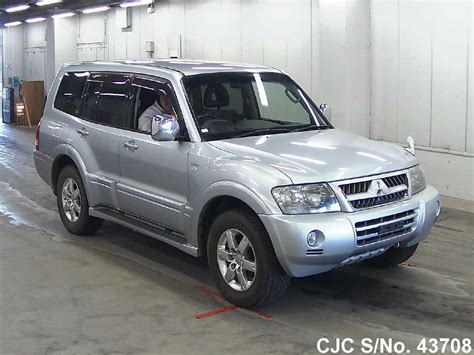 automobile air conditioning service 2005 mitsubishi pajero spare parts catalogs 2005 mitsubishi pajero silver for sale stock no 43708 japanese used cars exporter