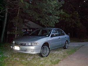 2001 Mitsubishi Mirage Es