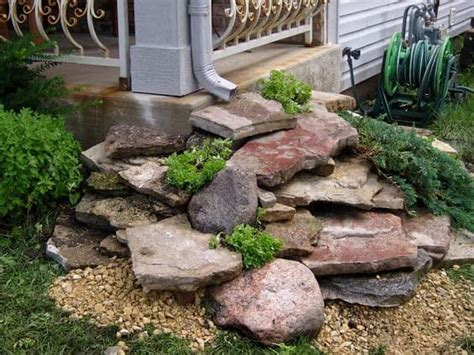 ideas  making   dry creek bed