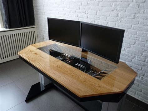 pc dans bureau un mod pc intégré dans un bureau gamerstuff fr