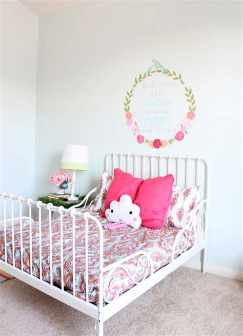 Ikea Minnen Bed by Ikea Minnen Toddler Bed Www Imgkid The Image Kid