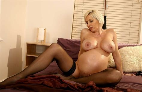 busty hairy pregnant mature posing porn pictures xxx