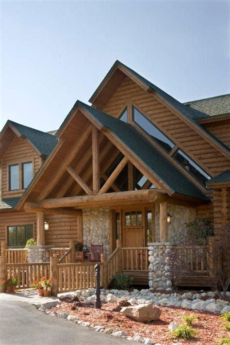exterior log home pictures up at the cabin