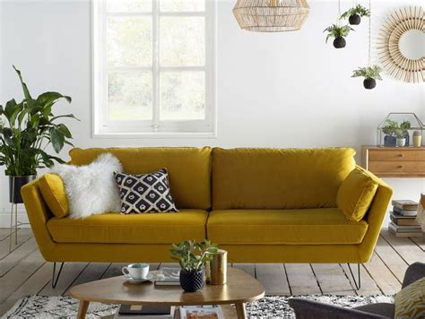 canapé jaune 20 fauteuils et canapés jaunes pour le salon joli place