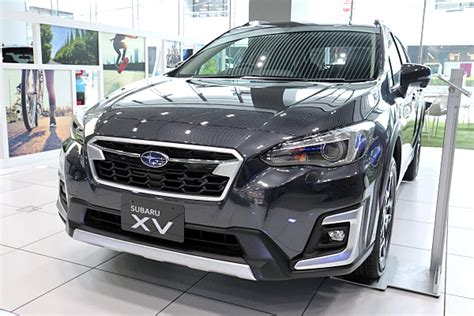 xv subaru xv advance dark gray car
