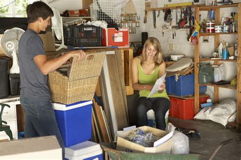 Garage Clean-Up: Tips for Controlling the Chaos   Fast Haul