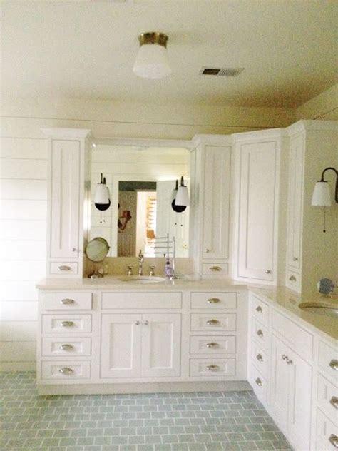 corner kitchen sinks 25 best ideas about corner cabinet solutions on 2614