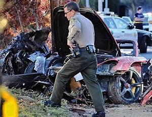 Paul Walker Mort : paul walker mort dans un accident de voiture video ~ Medecine-chirurgie-esthetiques.com Avis de Voitures