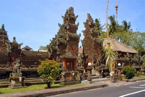 ubud village  art  culture bali  offer