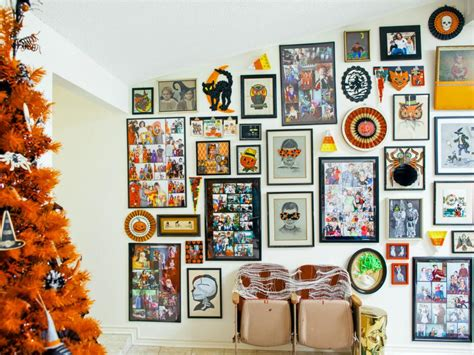 how to gallery wall of artwork diy