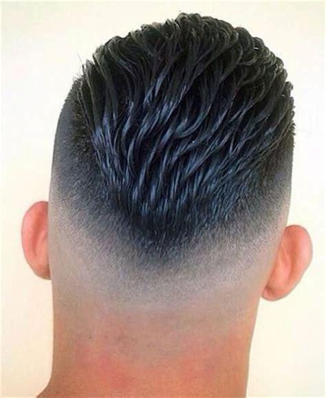 cortes de pelo corto  hombres super modernos  este ano