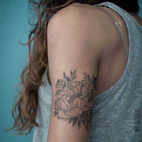Upper arm tattoo … | Tattoo ideas | Pinterest | Upper arm ...