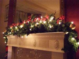 Decorating Holiday Mantel and Centerpiece