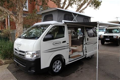 sunhia sunliner toyota hiace pop top automatic cervan large lounges