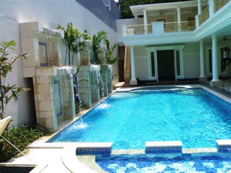 kolam renang model rumah modern