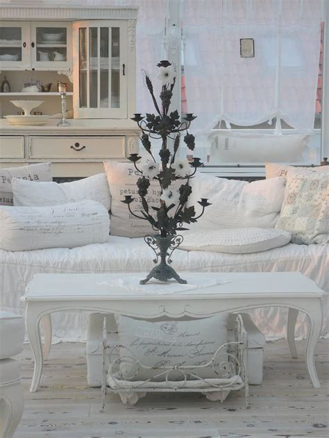 swedish shabby chic 87 best ideas about shabby chic on pinterest settees cottages and swedish decor