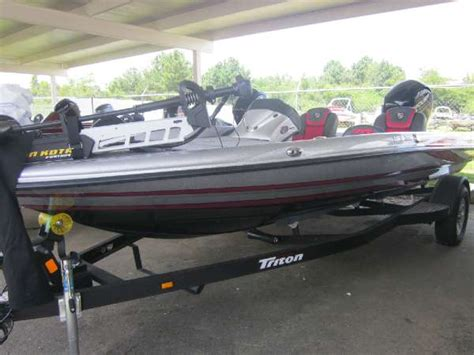 Tritoon Boat And Trailer Weight by Triton Boats 189 Trx Bass Boats New In Dothan Al Us