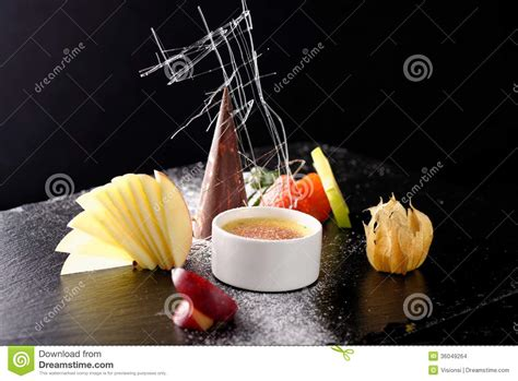cuisine creme brulee haute cuisine dessert creme brulee stock photo image