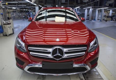 We've compiled a list of suvs, sedans, coupes, and sports cars to show the wide range of vehicles that exist around the magic $100,000 price point. Valmet baut den 100 000. Mercedes-Benz GLC - Auto-Medienportal.Net